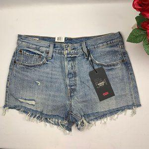 Brand new Levi's Mid Rise Medium Wash Jean shorts